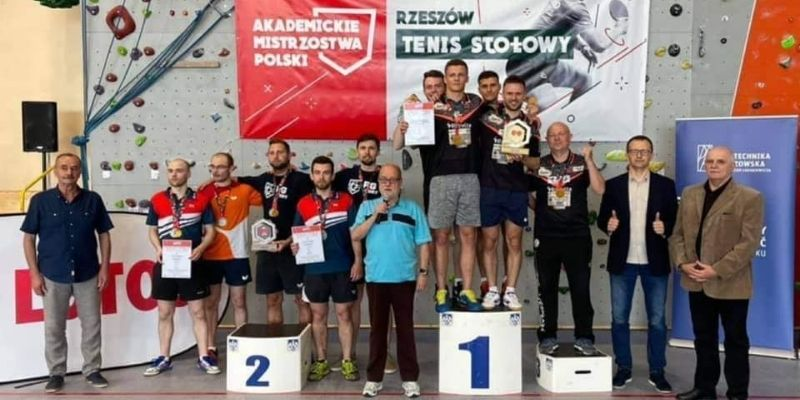 Kulpa i Folwarski Akademickimi Mistrzami Polski